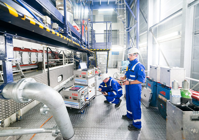 Developing sustainable engine technology | DNV GL - Maritime